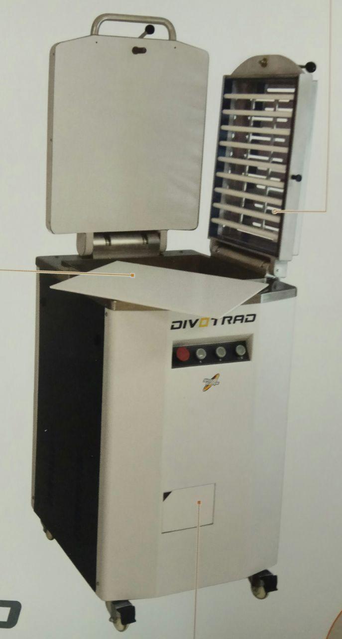 SM Divotrad elektromos osztó gép 1680e